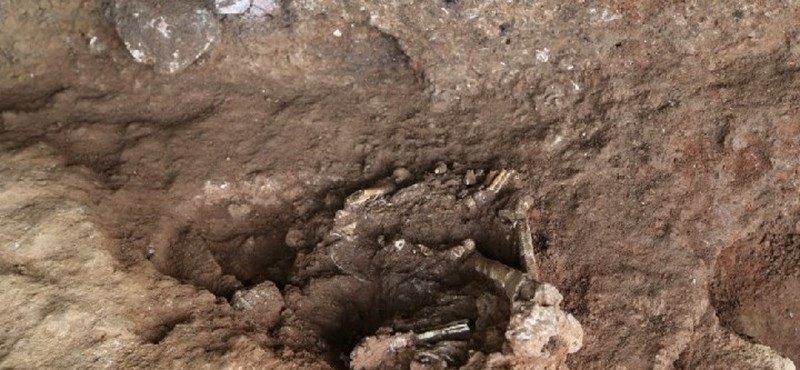 Felnyitottak egy 13 500 éves sírt Kínában, elég érdekes dolgot találtak benne