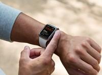 A tinédzser fiú csak ült a teremben, amikor az Apple Watch jelzett: baj van a szívével