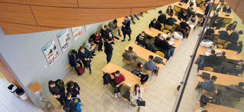 Beolvasztanák az egyik népszerű budapesti egyetemet? Zseniális videóval érvelnek az önállóság mellett