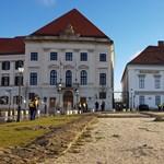 Orbán bejelentette: már meg is szentelték az új irodáját
