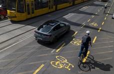 Az Autóklub kerékpársávokat szüntetne meg
