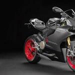 Egyedi Ducati a legendás Ayrton Senna tiszteletére - fotók
