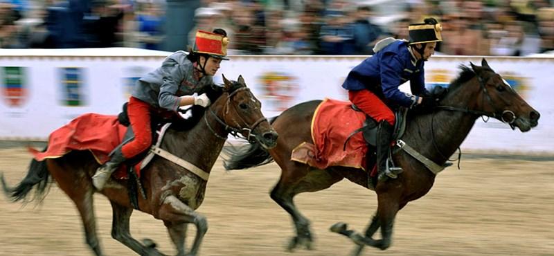 Tanuljon meg lovagolni, még mielőtt kötelező lesz
