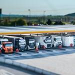 Továbbfejlesztik a világ legnagyobb benzinkútját