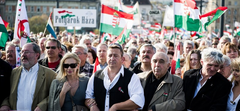 A Fidesz most nem kér a Békemenetből
