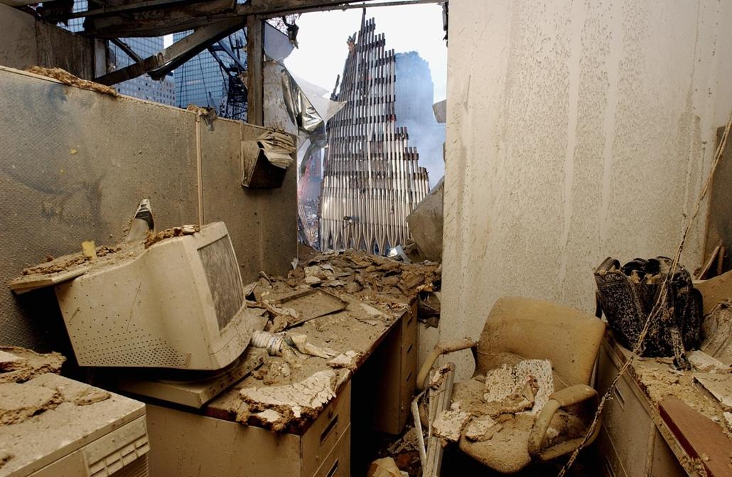 afp.01.09.25. - New York, USA: a világkereskedelmi központ (World Trade Center) elleni támadás - wtc, 911