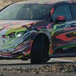 Az új AMG A45 a Mercedes karácsonyi ajándéka - videó