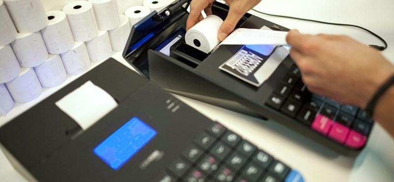 Még kérhetik az állami pénzt az online kasszások