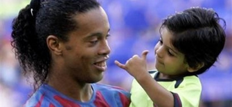 Visszatérhet Ronaldinho, méghozzá nem is akárkinek a csapatában