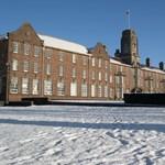 Vízumbotrány miatt szűnik meg egy brit egyetem