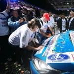 Botrányt csináltak a Ford dolgozói az autószalonon