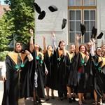Itt a feketelista: ezekért a képzésekért minden egyetemista fizetni fog