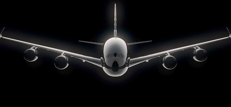 Videón az Airbus új óriásrepülőgépe, 575 ember fér el rajta