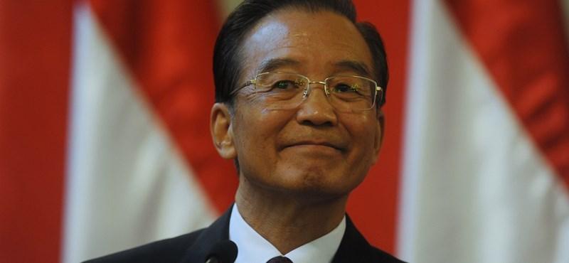 Négy európai országba jön a kínai kormányfő