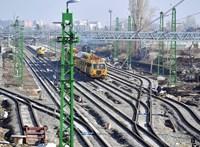 Megállapodott a MÁV a szakszervezetekkel, mennyivel nőjön a vasutasok bére
