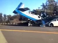 Autópályán talált telibe egy kisrepülő egy Lexust – videó