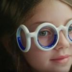 Vége az utazás alatti rosszullétnek, csak ezt a furcsa szemüveget kell felvenni