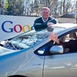 Íme a sofőr nélküli Google autó (videó)