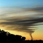 Robbanások is voltak Veszprémben: nem szennyeződött a levegő a leégett gyár miatt