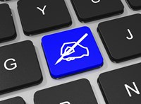 Előre a jövőbe – Így váltsunk elektronikus aláírásra!