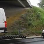 Lekapcsolták a 30 méteres buheraszerelvényt - videó