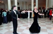 Nem vették meg Diana hercegnő bársonyruháját, amelyben John Travoltával táncolt