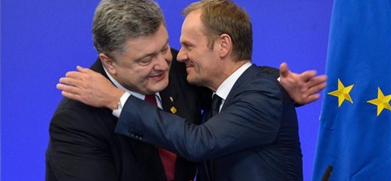 Tusk: Kevésbé bízunk már Putyin jóhiszeműségében