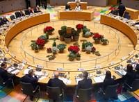Egy hosszú éjszaka, 27 tagállam és ezer milliárd euró: minden, amit az uniós költségvetésről tudni kell