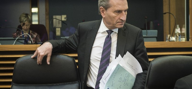 Német EU-biztos: Orbán bizonyos tételeivel már most elszigetelődött az Európai Néppártban