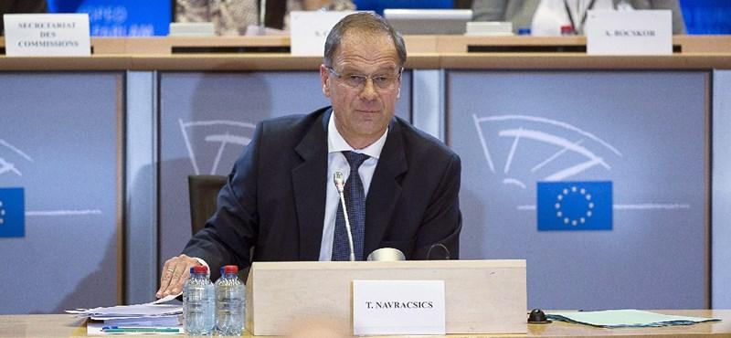 Navracsicsnak újabb kérdésekre kell válaszolnia az EP-ben