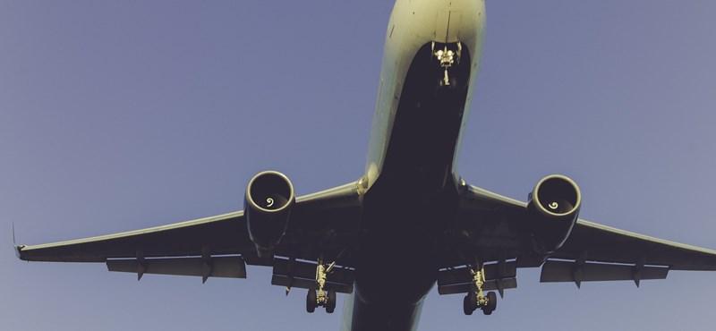 Iskolára ürítette az üzemanyagát egy Boeing Los Angelesben, 17 gyerek megsérült