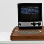 441 millió forintért árulnak egy régi számítógépet, amelyen Steve Jobs is dolgozott