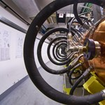 Eddig soha nem látott részecskét találtak a Nagy Hadronütköztetőben