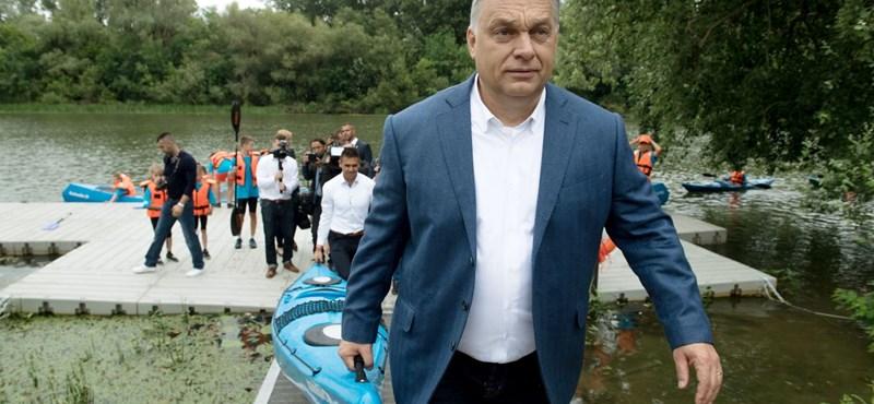 """Orbán azelőtt """"megválaszolja"""" egy interjú kérdéseit, hogy azokat feltették volna neki"""