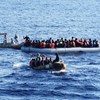 104 menedékkérőt mentett ki egy hajó Olaszországnál egy gumicsónakból