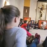 Milliárdokat kapnak az államtól, emellé gyűjtenek pénzt a katolikus iskolák