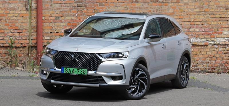 Zöld rendszámos elnöki autó: teszten a PSA prémiummárkás SUV-ja