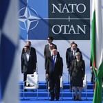 A NATO-csatlakozás sikerült, már leléptetnék a montenegrói kormányt