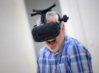 """""""Több órát is képes vagyok virtuális valóságban tölteni"""""""