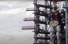 """Megtette első """"lépéseit"""" a hatalmas japán robot"""