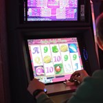 Rivális nélkül hasítanak a Vajna-örökösök az online kaszinópiacon