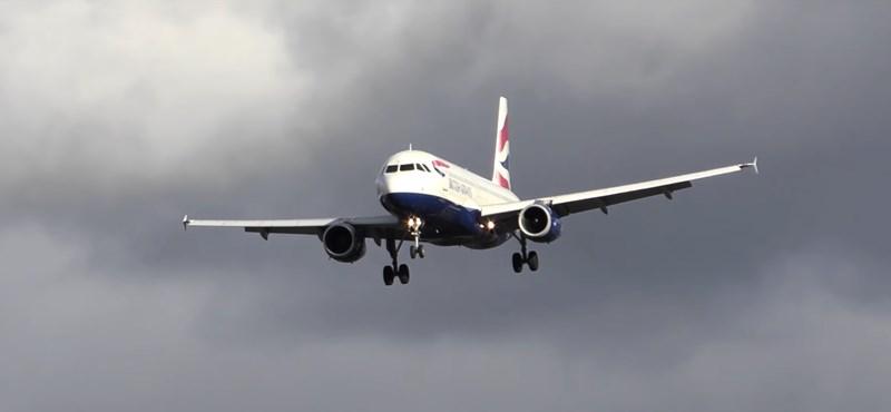 Látványosra sikerült a British Airways egyik gépének leszállási kísérlete