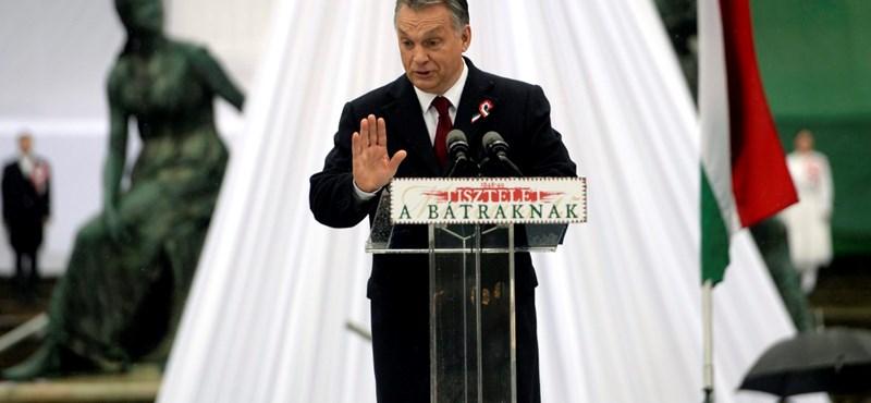 """Kósa Orbán kifütyüléséről: """"Egy esküvőn sem illik gyalázni a menyasszonyt"""""""