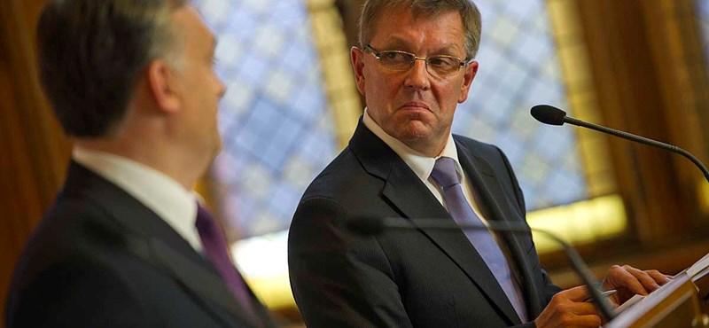 "MSZP: ""köznevetség tárgya"" Orbánék gazdaságpolitikája"