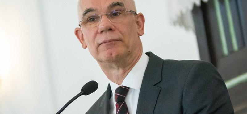 Halmozza a pozíciókat, nagykövet lesz Balog Zoltán
