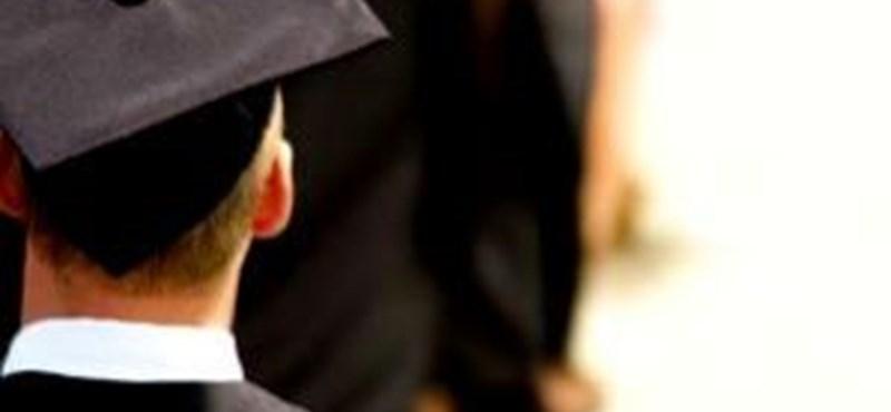 Jogosan kérnek nyelvvizsgát a hallgatóktól az egyetemek?