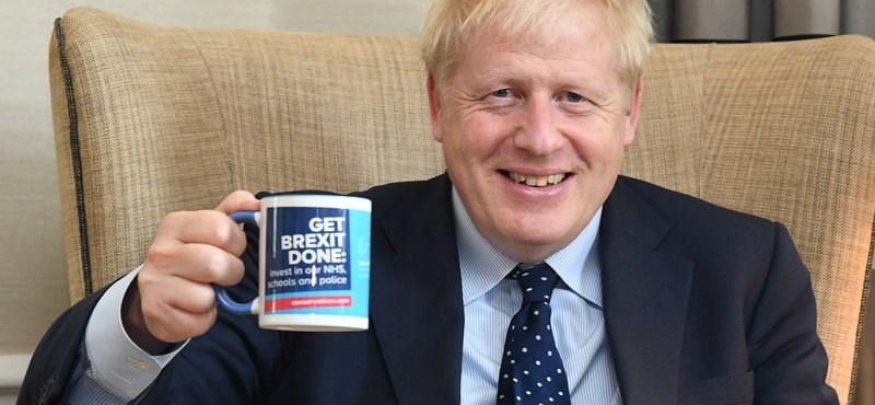 Klímaválság és politikai PR: ihat-e Boris Johnson eldobható pohárból kávét?
