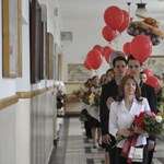 A 2012-es érettségi számokban: 1210 helyszín, 137 580 vizsgázó