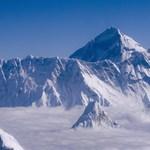 A hegymászók ruháiból kioldódó vegyületek szennyezik a Mount Everestet