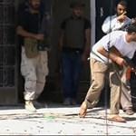 Líbia: robbanások és fegyverropogás Tripoliban